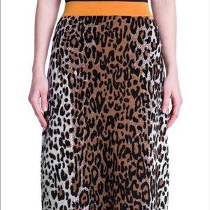 🏷Final Price/Chance. New Leopard Print Skirt